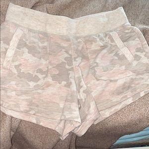 Women's Camo Short